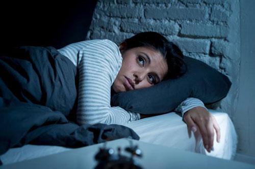 Nghiên cứu nêu khả năng dùng prebiotic giúp cải thiện giấc ngủ trong tình huống stress Ảnh: MNT