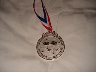 Tập tin:Silver Medal 4th IJSO.JPG