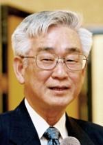 Yukawa Toshihide Maskawa.jpg
