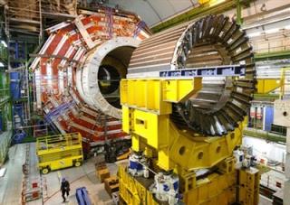 Tập tin:LHCMagnets.jpg